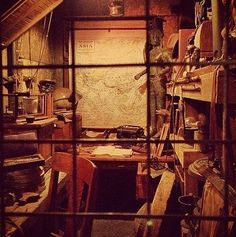 Photo of The props in Indiana Jones's office when you're waiting in line for the ride are real props from the movie franchise.