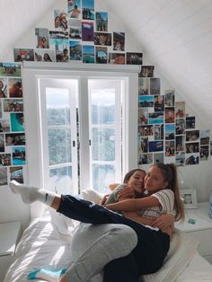 Five Ideas On How To Transform Your Bedroom – Web Alpha Rooms Decor Cute Friend Pictures, Best Friend Pictures, Friend Pics, Best Friend Goals, Best Friends, Best Friend Photography, Aesthetic Room Decor, Room Goals, Dream Rooms