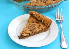 Pie Plate Chocolate Chip Toffee Cookies Recipe on twopeasandtheirpod.com #recipe #cookies