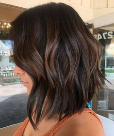Subtle Brown Balayage Hair hair brunette 60 Hairstyles Featuring Dark Brown Hair with Highlights Brown Hair Balayage, Brown Blonde Hair, Light Brown Hair, Dark Brown Short Hair, Long Black, Short Hair With Balayage, Short Dark Bob, Dark Brown Hair With Low Lights, Dark Lob