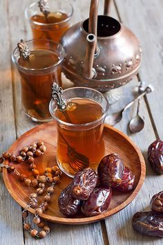 Arabic tea and dates | by Speleolog