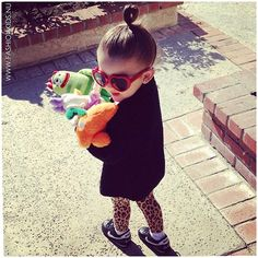 fashion for kids - cute Cute Kids Fashion, Toddler Fashion, Toddler Outfits, Little Fashionista, Stylish Kids, Fashionable Kids, Modern Kids, Girl Swag, Baby Bows