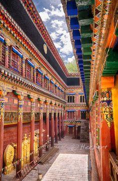 Bakong Tibetan, Monastery, Dege, Sichuan, China
