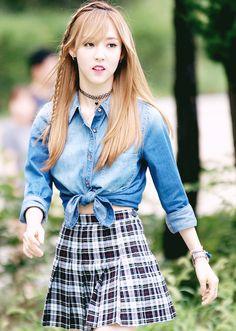 Moonbyul, She's so pretty! Kpop Girl Groups, Korean Girl Groups, Kpop Girls, Mamamoo Moonbyul, Wattpad, Girls Rules, Celebs, Celebrities, Ulzzang Girl