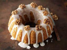 Banaani-pähkinäkakku Tiramisu, Pie, Ethnic Recipes, Desserts, Food, Torte, Postres, Tart, Fruit Cakes