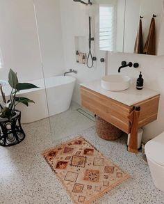 Boho Bathroom, Bathroom Renos, Bathroom Design Small, Laundry In Bathroom, Rustic Bathrooms, Bathroom Inspo, Bathroom Interior Design, Modern Bathroom, Master Bathroom