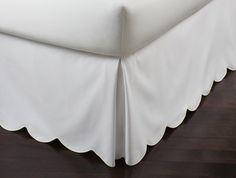 PEACOCK ALLEY.  Pique Scalloped Bedskirt