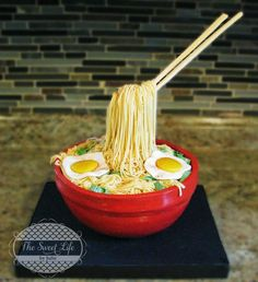 Ramen Noodles Cake - Cake by Julie Tenlen- The Sweet Life by Julie Anti Gravity Cake, Gravity Defying Cake, Ice Bucket Cake, Hamburger Cake, Realistic Cakes, Asian Cake, Pizza Cake, My Birthday Cake, Incredible Edibles