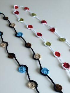 crochet tutorial for necklace ♥ Crochet Necklace Pattern, Crochet Baby Dress Pattern, Crochet Bracelet, Crochet Patterns, Crochet Circles, Crochet Round, Crochet Flowers, Crochet Lace, Jewelry Crafts