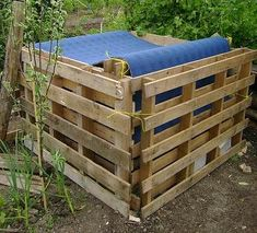 Ways to Build Your Own Compost Bin