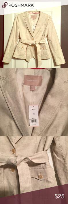 Banana Republic belted blazer NWT NWT Banana Republic linen belted blazer. Cream, Size 6P Banana Republic Jackets & Coats Blazers