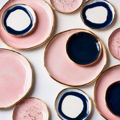 Trendy Bathroom Inspiration Dark Black And White Ideas Ceramic Plates, Ceramic Pottery, Ceramic Art, Navy Master Bedroom, Master Bedrooms, Navy Gold Bedroom, Bathroom Colors, Bathroom Pink, Funky Bathroom