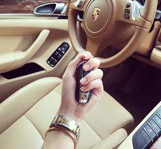 Porsche Macan Interior, Porsche Panamera, Stylish Watches For Girls, Luxury Lifestyle Women, Rich Lifestyle, Bmw Wallpapers, Porsche Models, Luxe Life, Cute Cars
