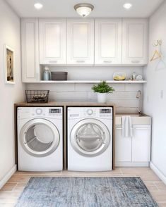 40 Gorgeous Small Laundry Room Design Ideas - Laundry areas, in general, easily end up a place where items are stored, stashed, and procrastinated -- to do later. With small laundry rooms this bec. Laundry Room Decals, Laundry Room Layouts, Laundry Room Remodel, Laundry Room Storage, Laundry Room Design, Laundry Room With Sink, Laundry Organizer, Laundry Sinks, Bathroom Laundry Rooms