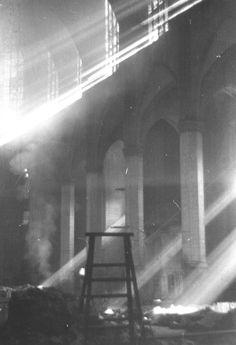 profanación y destrucción de la Seo de Manresa, llevada a cabo entre septiembre y octubre de 1936. Guerra Civil