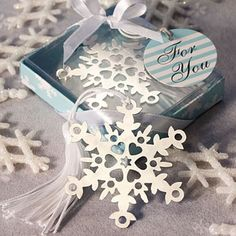 Snowflake+Bookmark+Favors