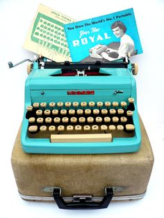 Fully Serviced 1950s Turquoise Blue Royal Typewriter w/ case, owners manual new rubber platen roller