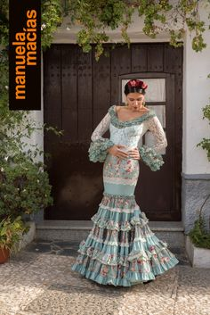 Colección 2018 | Manuela Macías Moda Flamenca Flamenco Costume, Flamenco Dancers, Yes To The Dress, Dress Up, Spanish Fashion, Lehenga Choli, Refashion, Dress Collection, Fashion Outfits