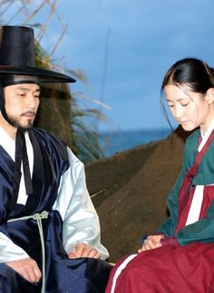 """Dae Jang Geum(Hangul:대장금;hanja:大長今;RR:Dae Jang-geum;MR:Tae Chang-gǔm; literally """"The Great Jang-geum""""), also known asJewel in the Palace, is a 2003 Korean television series.StarringLee Young-aein the title role, it tells the tale of an orphaned kitchen cook who went on to become the king's first female physician. 민종사관"""