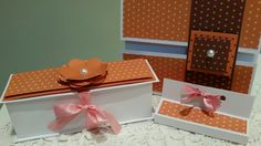Porta docinhos, convite e porta chocolate em barra!! Lindos para encantar a sua festa 🎀 Feito com papel para scrapbooking Escolha o seu tema! #vivianegiovanistudio #scrapfesta #decoraçãoparafesta