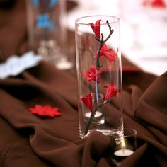 ideas for origami decoration flowers Origami Design, Diy Origami, Origami Rose, Useful Origami, Origami Stars, Oragami, Flower Centerpieces, Wedding Centerpieces, Stick Centerpieces