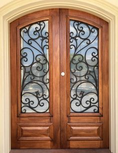 Portofino. Wood and Wrought Iron Door