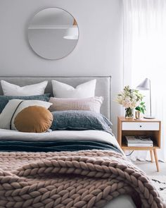 Chunky Knit Blanket Three Ways | COCOCOZY