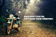 ride a shady motorbike abroad (Royal Enfield Bullet, road from Mumbai to Goa) Royal Enfield Classic 350cc, Indian Road, Storm Pictures, Chicks On Bikes, Enfield Motorcycle, Royal Enfield Bullet, Bike Rider, Easy Rider, Fotografia