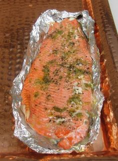 Quick smoked salmon Changes 1 lemon 1 olive oil and basil instead NO finishing lemon OR salt All other ingredients as listed on recipe Brine 2 1 salt for each cup of water 4 cups of water in big blue bowl Did 2 bowls Best Smoked Salmon, Smoked Salmon Recipes, Smoked Fish, Fish Recipes, Seafood Recipes, Traeger Smoked Salmon, Smoked Pork, Grill Recipes, Macaroons