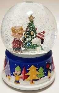 Peanuts Charlie Brown Snoopy Musical Snow Globe Dome O Tannenbaum Song Sankyo
