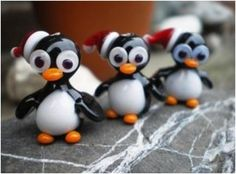Free Tutorial of penguins - Glass Dwarf website! Slumped Glass, Fused Glass, Glass Beads, Beads Of Courage, Blown Glass Art, Beaded Animals, Glass Animals, Beading Tutorials, Lampwork Beads