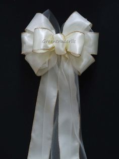 10 Ivory Satin Tulle Wedding Bows Church Pew by greentraderllc, $100.00