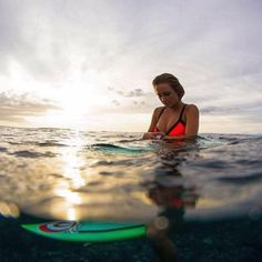 Track every wave...even if the sun is going down. #SearchGPS #SurfingIsEverything @alanarblanchard Photo: @stugibson