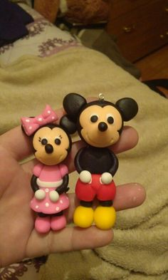 Minnie y Mickey porcelana