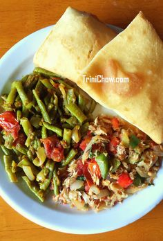 Buljol, Bodi & Bake at SYPS RESTAURANT (Crown Point, Tobago)  #FoodFindsTobago