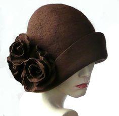 Felted Hat felt hat Cloche Hat Flapper 1920 Hat Art Brown Hat Cloche Victorian Wool Women's hat felted hats cliche felt hat Brauner Filzhut Filzhut Cloche Hat Flapper 1920 von Feltpoint Fancy Hats, Cool Hats, Sombreros Fascinator, Fascinators, 1920s Hats, 1920s Men, Flapper Hat, 1920s Flapper, Love Hat
