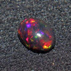 Welo Opal Fire Opal Rare Natural Ethiopian Opal Faceded Nuggets 6x8-10x15 MM Fire Opal Wholesale Opal Nuggets Lot