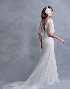 Eliza Jane Howell Wedding Dresses from Ellie Sanderson Beaconsfield.  We love Ellie Sanderson