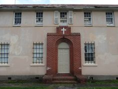 St. Anthony's Convent - Huntly, Waikato | Paranormal NZ St Anthony's, Paranormal, Family History, Old And New, Hunting, Mansions, House Styles, Outdoor Decor, Home Decor