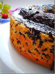 Υπερ-αφράτο κέικ με νόστιμο γλάσο σοκολάτας…! Υλικά 6 κ.σ. τρούφα 300 γρ. αλεύρι 200 γρ. γάλα 1 κ.σ. baking powder 200 γρ. βούτυρο σε θερμοκ...
