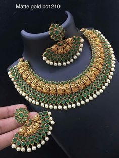 To buy please WhatsApp on 9703870603 Indian Wedding Jewelry, Bridal Jewelry, India Jewelry, Gold Jewellery Design, Jewelry Patterns, Necklace Designs, Stone Jewelry, Jewelry Collection, Antique Jewelry