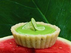LIME MOUSSE TART - raw food, seriously wicked :) - LIVER CLEANSING DIET - Learn how to do a LIVER FLUSH http://www.youtube.com/watch?v=e2SxDemOO54 I LIVER YOU