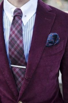 35 Velvet Suits And Accessories For Grooms And Groomsmen   HappyWedd.com