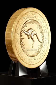 The largest gold coin in the world was unveiled by the Perth Mint, Australia. Coins gold luxuryes.com