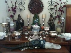 Love the wand. Wicca Altar, Wicca Witchcraft, Pagan Witch, Altar Design, Crystal Magic, Crystal Shop, Home Altar, Witch Art, Witch Aesthetic