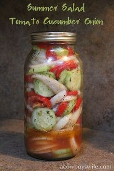 Tomato Cucumber Onion Summer Salad INGREDIENTS 4 medium tomatoes diced or sliced the way you want them 2 medium cucumbers, peeled & sliced 2 onions, sliced and separated into rings 2 Tbsp. Vinegar 14 c. Cucumber Tomato Salad, Cucumber Recipes, Vegetable Recipes, Salad Recipes, Marinated Cucumbers, Pickled Cucumbers And Onions, Salsa Canning Recipes, Tomato And Onion Salad, Cucumber Salad Vinegar