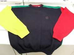 tommy hilfiger classic 90's clothes