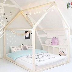 Buying Bunk Beds For Kids – Bunk Beds for Kids House Frame Bed, House Beds, Bed Frame, Kids Bunk Beds, Little Girl Rooms, Boy Room, Kids Room, Girls Bedroom, Bedroom Ideas