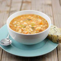 Fassolata (White Bean Soup) - Traditional Greek Food. http://foodmenuideas.blogspot.com/2013/11/traditional-greek-food.html