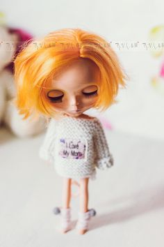 """White jumper for Blythe """"I love My Mom"""" by RVSandM on Etsy I Love Mom, My Mom, White Jumper, Tinkerbell, Doll Clothes, Crochet Hats, Colours, Dolls, How To Wear"""